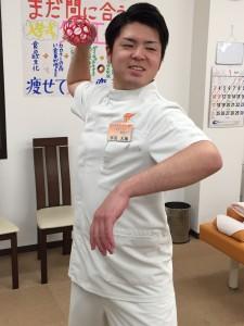 平川投げる1